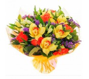 Букет из орхидей, роз и альстромерий