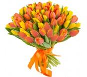 Букет из жёлтых и оранжевых тюльпанов