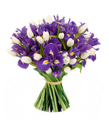 Букет из белых тюльпанов и ирисов
